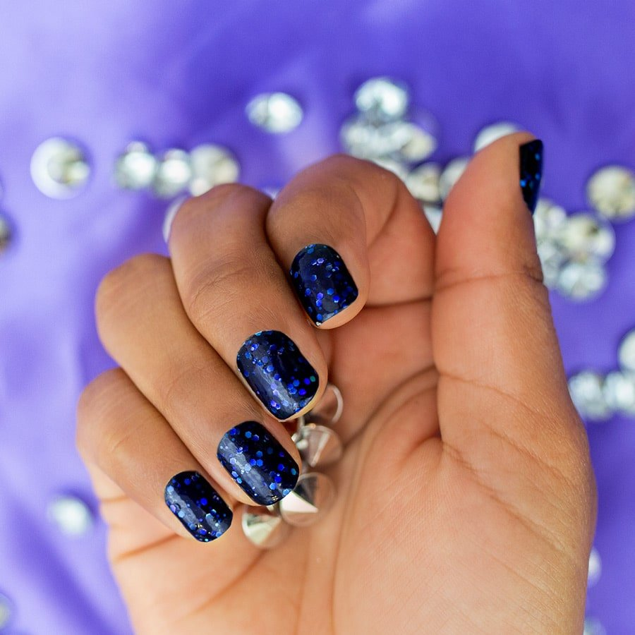 Photo of blue glitter nails by Color Street