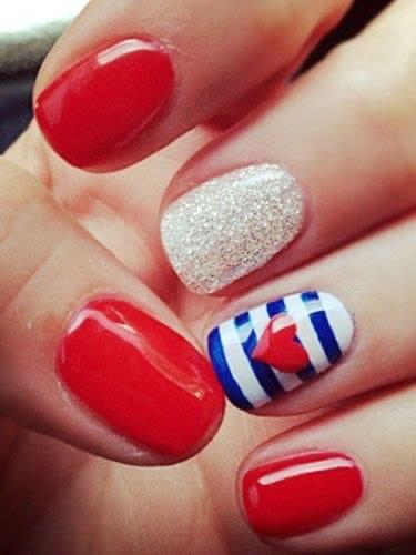 4th of July nail art glitter