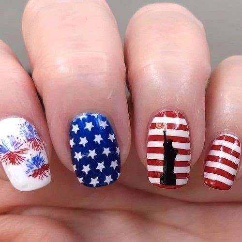 4th of July nail art statue of liberty